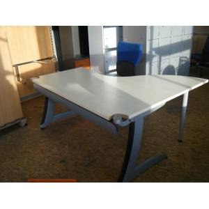 Bureau d'angle, open space Strafor- Steelcase
